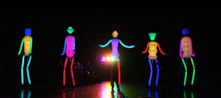 FETEN: BIG DANCERS, DE EL CARROMATO
